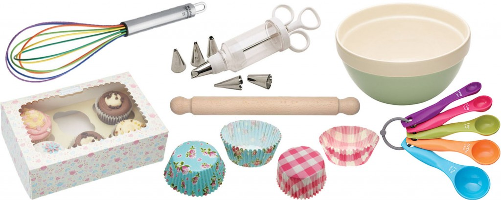 Cake Tins and Baking Equipment for the Mum that loves to Bake!