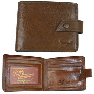 The R.M. Williams leather Hackney Leather Wallet will make the perfect Father's Day gift